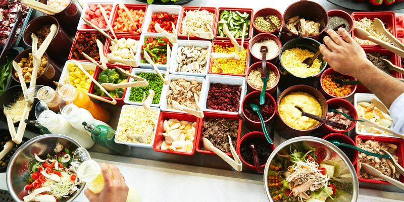 Multipurpose Salad Bar on Carnival Breeze (Photo: Carnival)