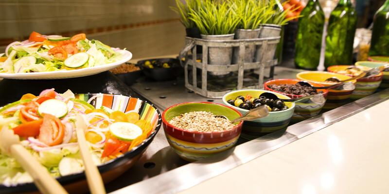 Salad Bar on Carnival Breeze (Photo: Carnival)