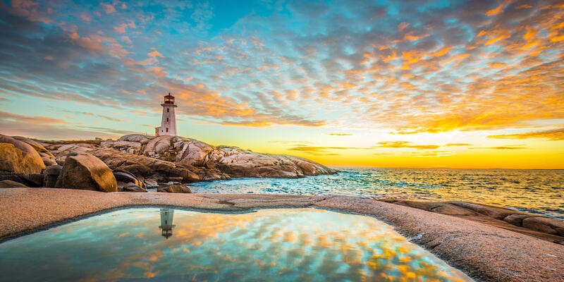 Peggy's Cove, Halifax, Nova Scotia (Photo: Denna Jiang/Shutterstock)