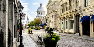 Old City, Quebec Montreal, Canada (Photo: ProDesign studio/Shutterstock)