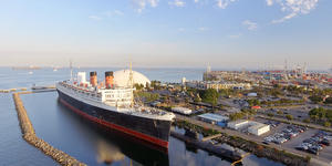 Queen Mary Docked in Long Beach California (Photo: GagliardiImages/Shutterstock)