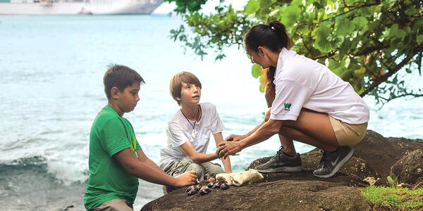 Paul Gauguin Cruises Offers a Stewards of Nature Program (Photo: Paul Gauguin Cruises)