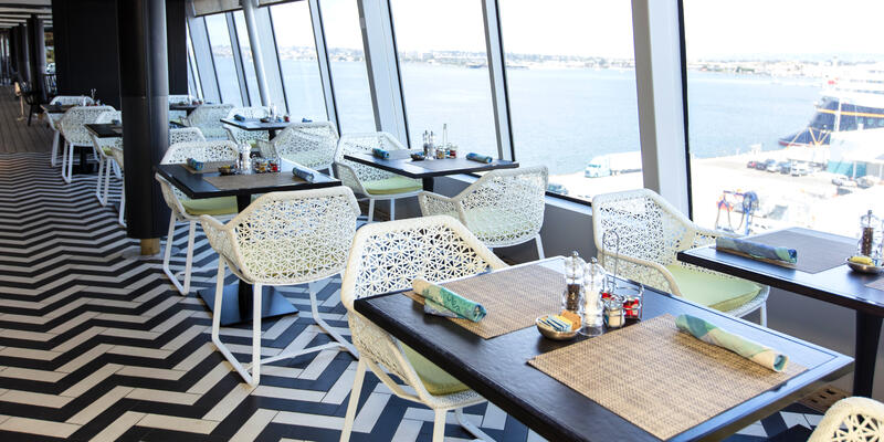 Trident Grill on Crystal Symphony (Photo: Cruise Critic)