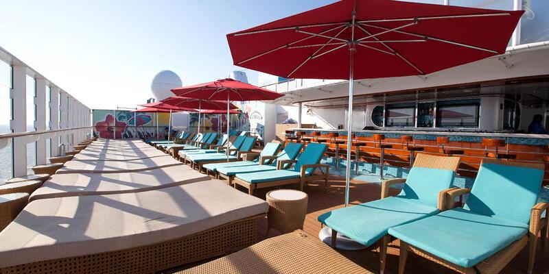 Vibe Beach Club on Norwegian Getaway (Photo: Cruise Critic)