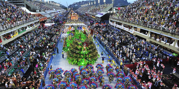 During Rio de Janeiro's Carnival (Photo: T photography/Shutterstock)