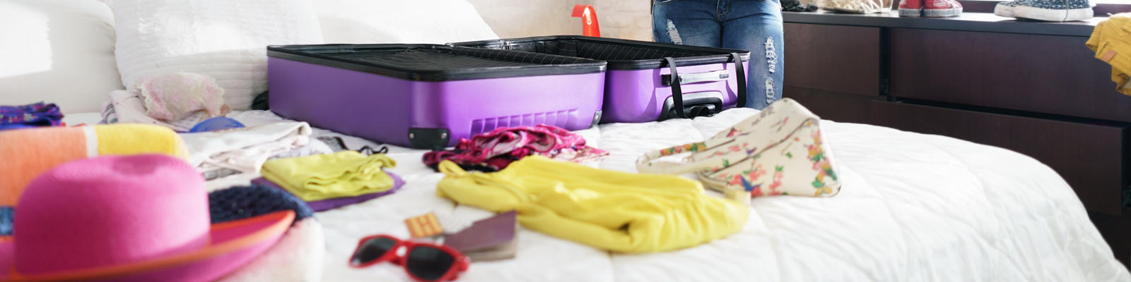 Stay organized when packing for your cruise (Photo: Diego Cervo/Shutterstock)