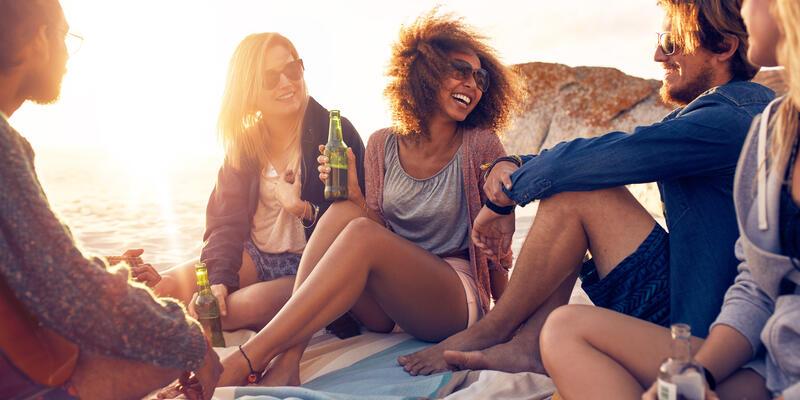 College Kids Drinking on Port (Photo: Jacob Lund/Shutterstock)