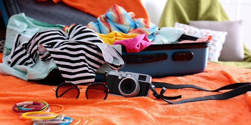 Cruise packing (Photo: Africa Studio/Shutterstock.com)