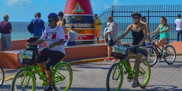 Bicycle excursion in Key West (Photo: Viator)