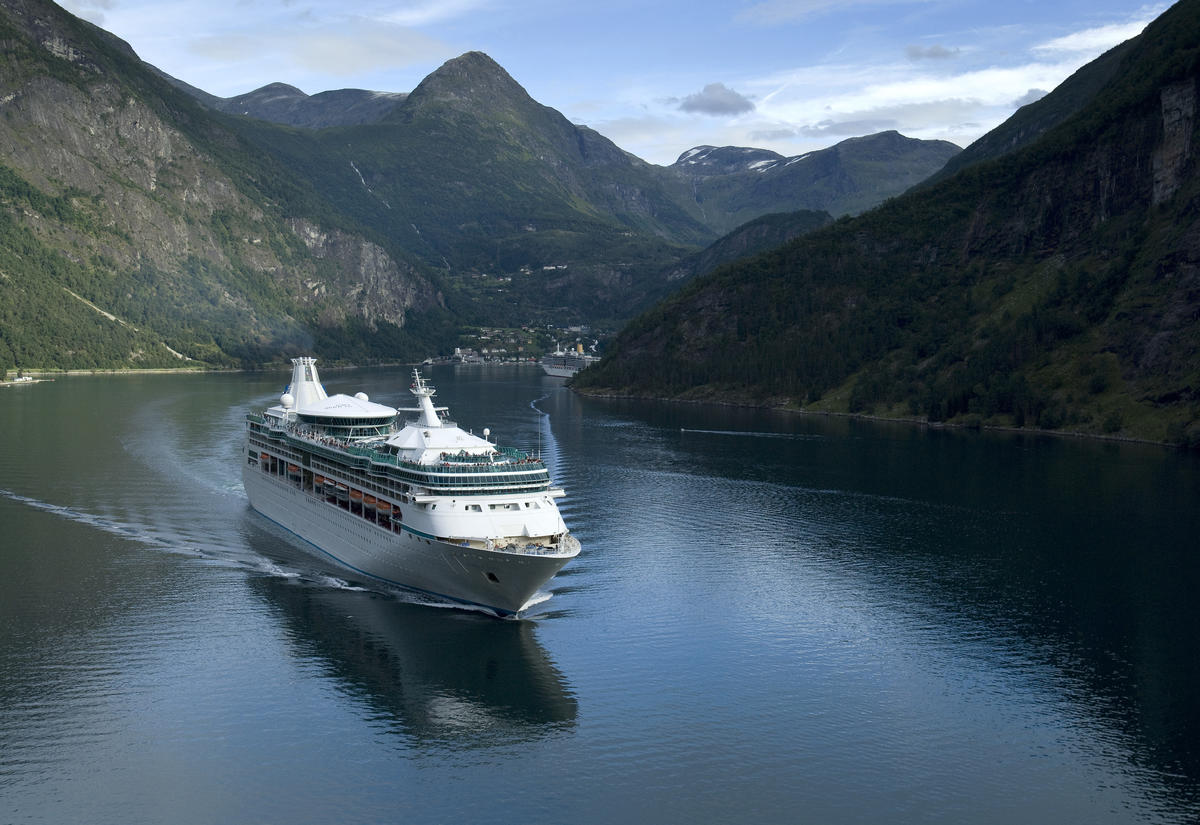 Royal Caribbean S Vision Class Ships Cruise Critic