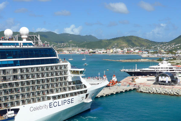 5 Hilarious Cruise Pier Runners (Photo: Celebrity Cruise Lines)
