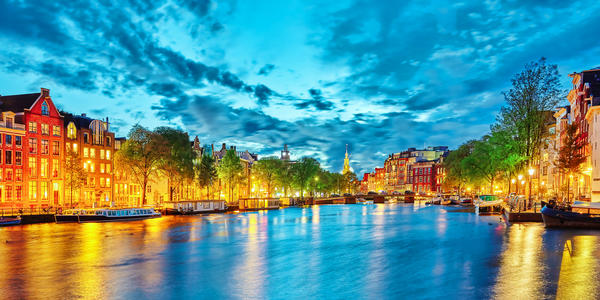 Amsterdam (Photo:Brian Kinney/Shutterstock)