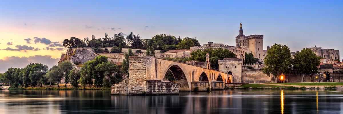 Avignon (Photo:FenlioQ/Shutterstock)