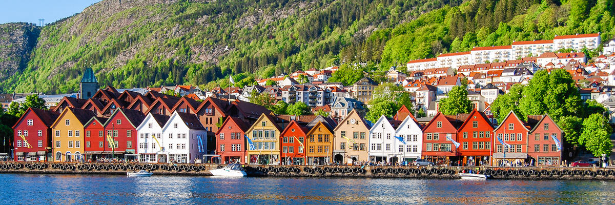 Bergen (Photo:Mark_and_Anna_Wilson/Shutterstock)
