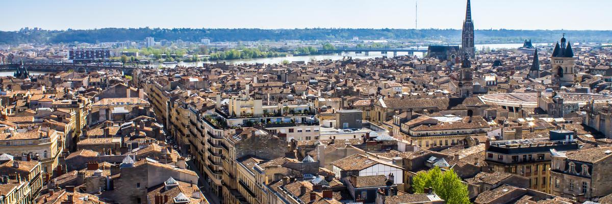 Bordeaux (Photo:marcociannarel/Shutterstock)