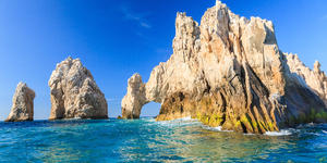 Photograph of Los Archos rock formations in Cabo San Lucas, Mexico -  Photography by Sorin Colac via Shutterstock)