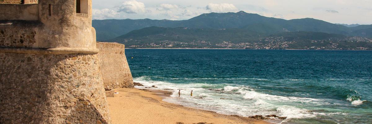 Corsica (Ajaccio) (Photo:Gerardo Borbolla/Shutterstock)