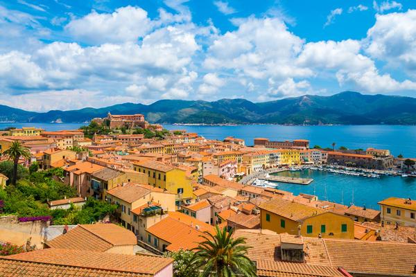 Elba (Photo:Balate Dorin/Shutterstock)