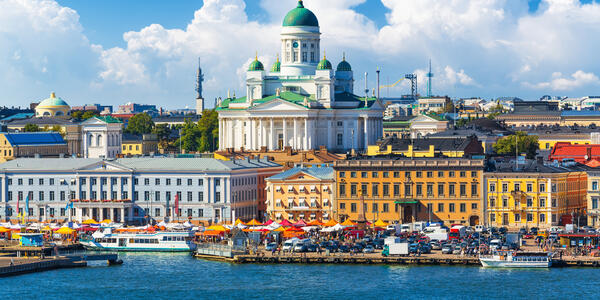 Market Square in Old Town, Helsinki, Finland (Photo:Scanrail1/Shutterstock)