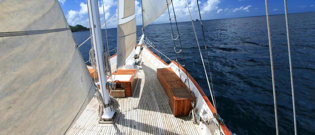 Avoiding Seasickness (Photo: Island Windjammers)