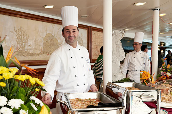 Chef staff in one of Princess's dining rooms (Photo: Princess Cruises)