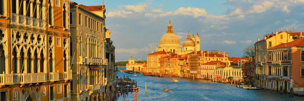 Venice (Photo:LazarenkoD/Shutterstock)