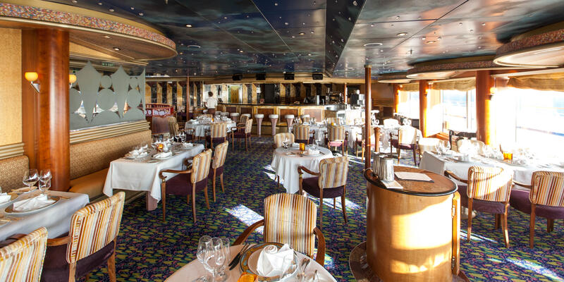 The Point Steakhouse on Carnival Conquest (Photo: Cruise Critic)