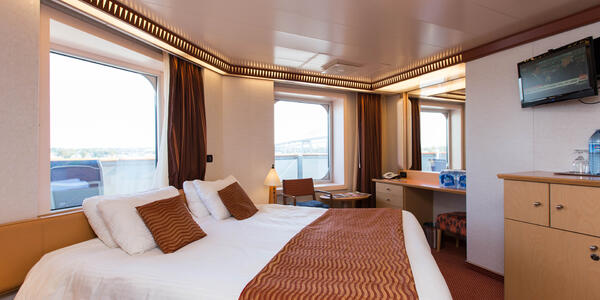 The Premium Vista Balcony Cabin on Carnival Dream (Photo: Cruise Critic)