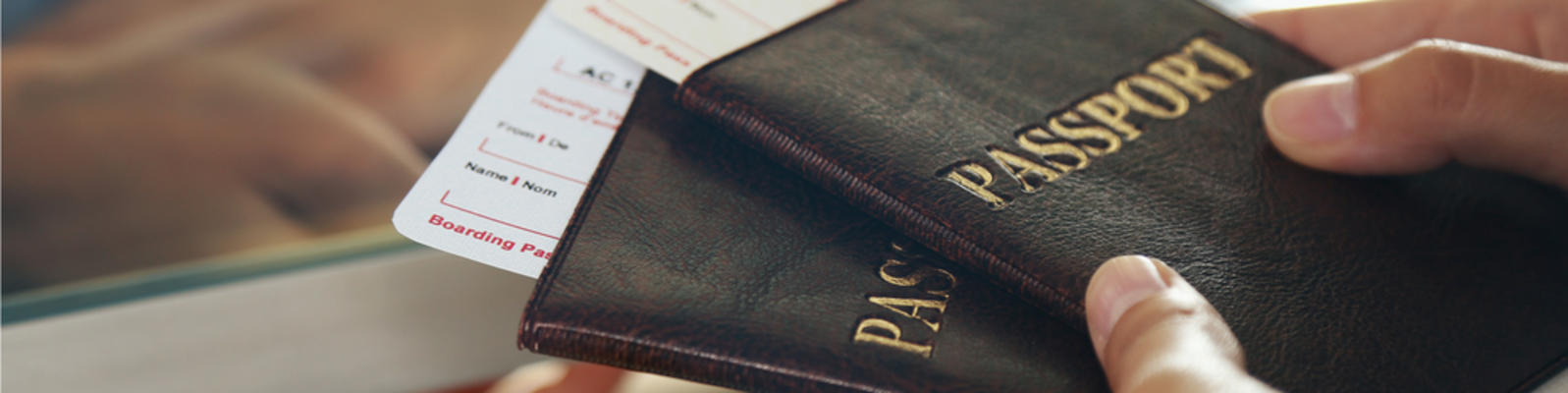 U.S. Passport Card Vs. Book (Photo: Africa Studio/Shutterstock.com)
