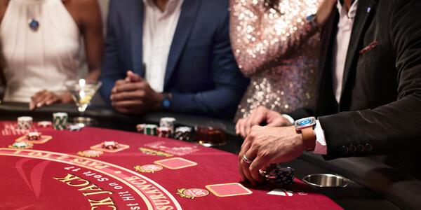 Gambling at the casino on Island Princess (Photo: Princess Cruises)