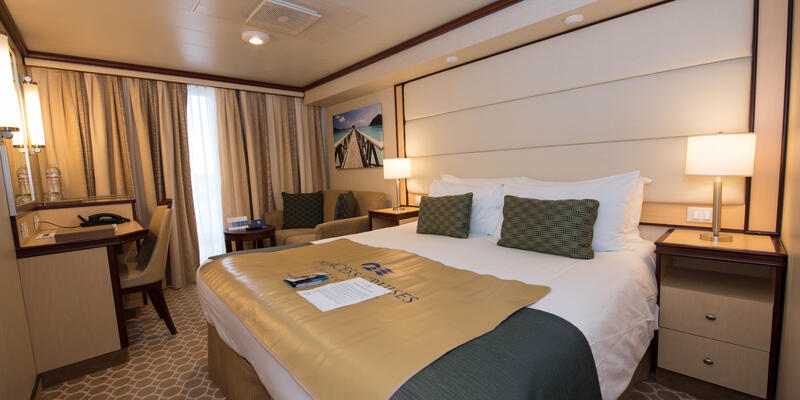 Deluxe Balcony Cabin on Regal Princess (Photo: Cruise Critic)