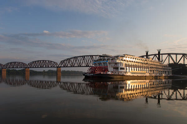 Mississippi River Cruise Tips (Photo: American Queen Steamboat Company)