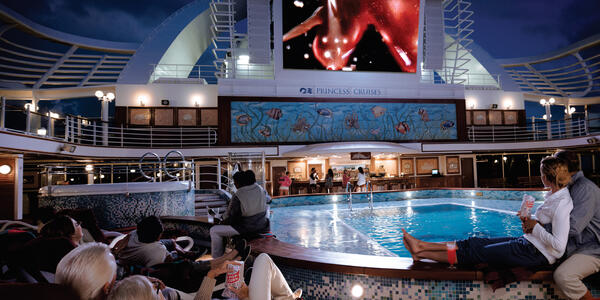 Movies Under the Stars (Photo: Princess Cruises)