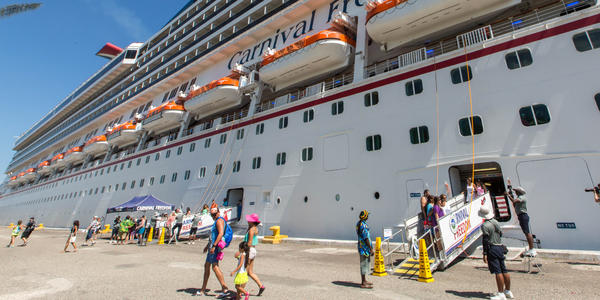 What to Expect on a Cruise: Boarding a Cruise Ship (ID: 1710) (Photo: Cruise Critic)