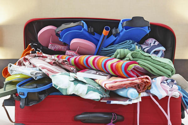 17 Worst Cruise Packing Mistakes (ID: 2102) (Photo: bikeriderlondon/Shutterstock)