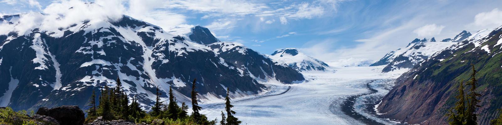 Alaska Cruise Tips (Photo: Feng Yu/Shustterstock.com)