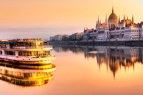 How to Choose a Europe River Cruise (Photo: Luciano Mortula LGM/Shutterstock.com)