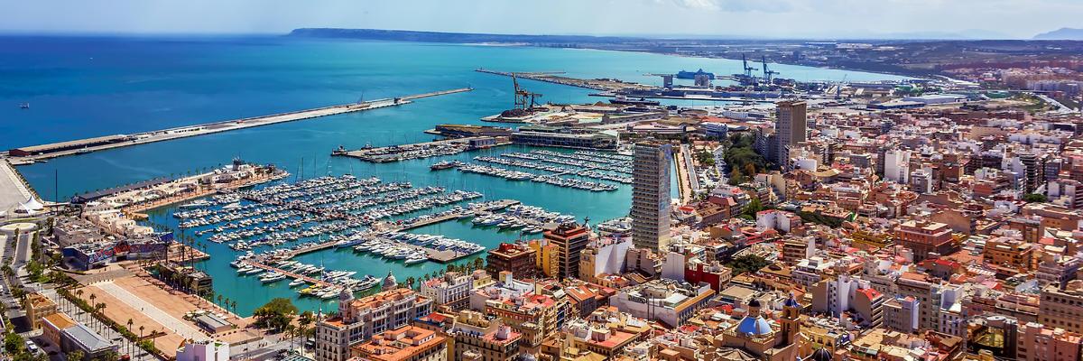 Alicante (Photo: Dragomir Nikolov/Shutterstock.com)