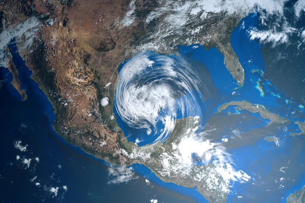 Hurricane in the Gulf of Mexico (Photo: Sasa Kadrijevic/Shutterstock)
