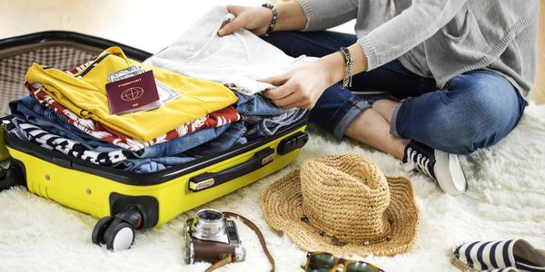 Packing For Your Next Cruise (Photo: sebra/Shutterstock)
