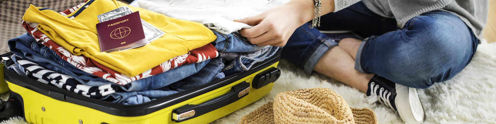Packing For Your Next Cruise (Photo: sebra/Shutterstock)