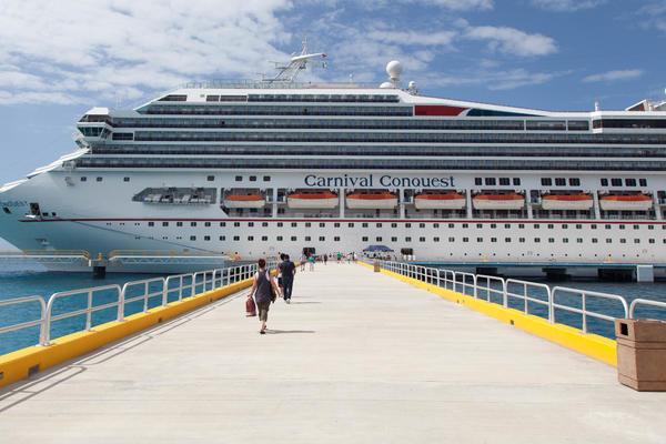 Carnival Conquest in Cozumel (Photo: Cruise Critic)