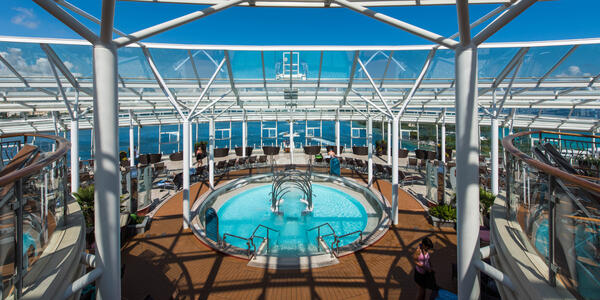 The Solarium on Oasis of the Seas (Photo: Cruise Critic)