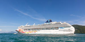 Norwegian Sun's Livery (Photo: Cruise Critic)