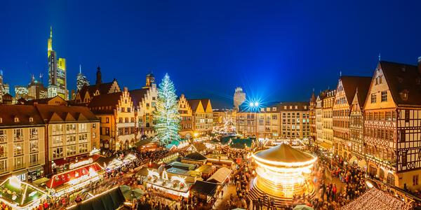 Christmas market in Frankfurt, Germany (Photo: S.Borisov/Shutterstock)
