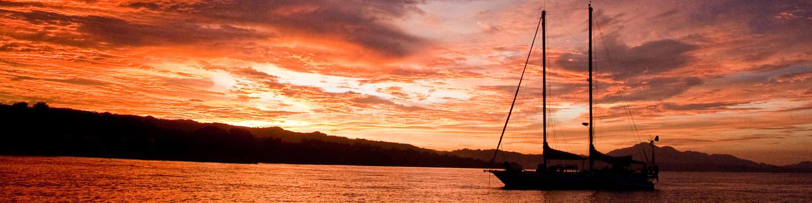 Solomon Islands at sunset (Photo: Marci Paravia/Shutterstock.com)