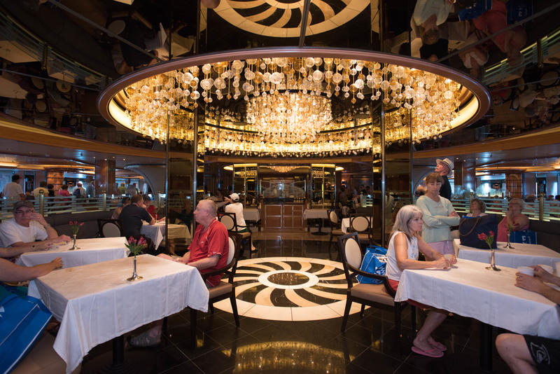 Symphony Dining Room on Regal Princess