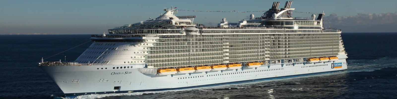 Royal Caribbean Ups Its Dining Game, Hints at New Concepts for Oasis of the Seas