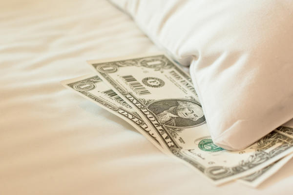 Cruise Line Tipping Policies (Photo: elwynn/Shutterstock.com)