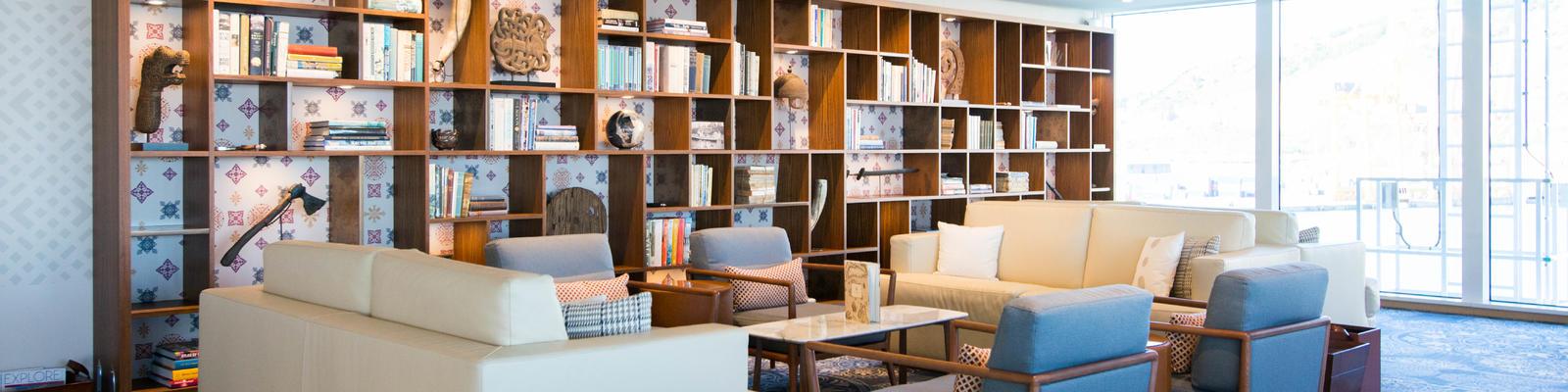 Explorers' Lounge on Viking Star (Photo: Cruise Critic)